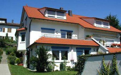— VERKAUFT — Doppelhaushälfte mit ELW Reutlingen Sondelfingen