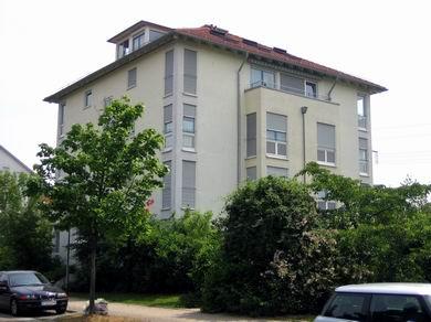 — VERKAUFT —  RT-Rommelsbach, helle 4 1/2 – 5 Zimmer-Maisonette im 3.OG/DG