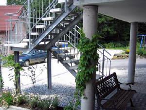 — VERKAUFT — individuelles Wohnhaus in Eningen u. A.