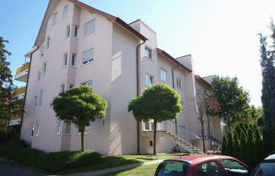 — VERKAUFT — Gepfl. 2-Wohnung in Reutlingen, Bosch-Nähe