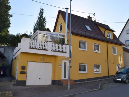 — VERKAUFT — Ohmenhausen: EFH wunderbar renoviert/ mit Wintergarten u. Garage