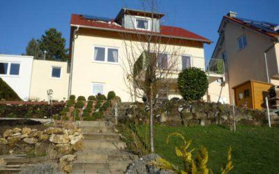 — VERKAUFT — EFH m. ELW Pfullingen – Grandiose Aussichtslage – viel Platz für ALLE