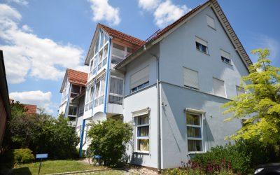 Einhundertvierzig Quadratmeter Wohnung! 1.OG, lichtdurchflutet mit Wintergarten