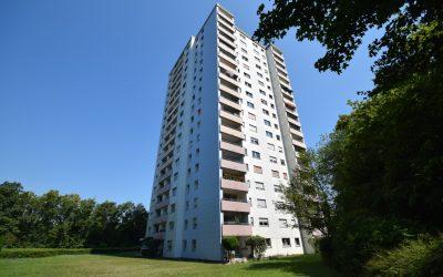 — VERKAUFT — RT/Efeu (Sondelfingen) – Südwestlage! schicke 2,5 Zi.-Whg. (4.OG) im Hochhaus, Balkon und TG-Stpl!