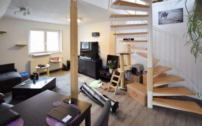 — VERKAUFT — Jetzt ins Eigentum! Schnittige 2,5 Zi.-Dachmaisonette mit sonniger Dachterrasse – ruhig u. zentral!