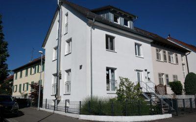 — VERMIETET — RT/Römerschanze – Traumhaft schöne DHH – kernsaniert – große TERRASSE (kein Garten), 2 Garagen